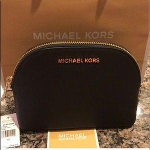 ❣️NWT Michael Kors Cosmetic Bag